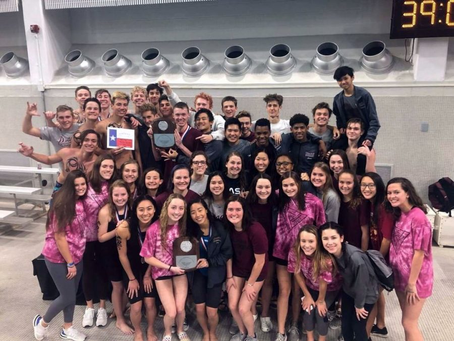 Round+Rock+swim+team+celebrates+after+boys+win+the+district+title+and+girl+win+runner+up.